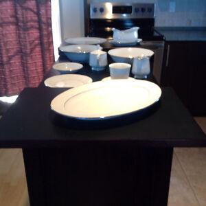 Set de vaisselle en porcelaine