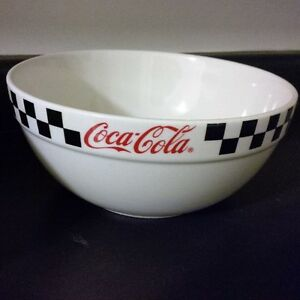 Coke Collector Mixing Bowls Kitchener / Waterloo Kitchener Area image 3