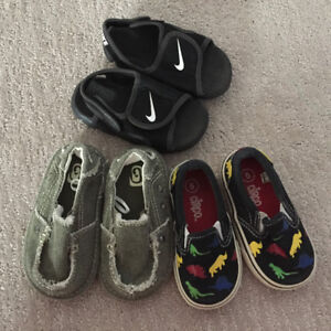 Toddler size 5 summer shoes