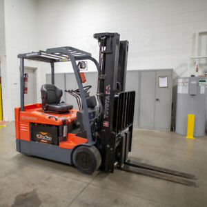 Used Forklift - Toyota 3-Wheel Electric