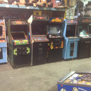 WANTED  PINBALL MACHINES & ARCADE GAMES, POOLTABLES. ..... Belleville Belleville Area image 4
