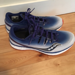 Men's Saucony Freedom ISO Running Shoes NEVER WORN