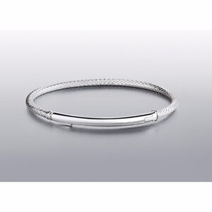 BRAND NEW in box - Chamilia Connections Bar Bracelet