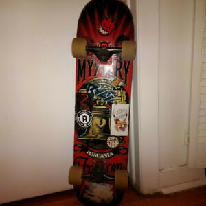 CUSTOM BUILT MYSTERY TOM ASTA SKATEBOARD