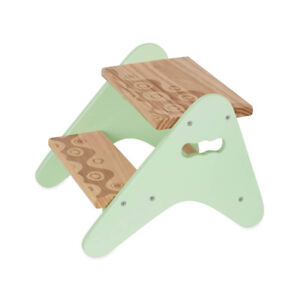 NEW B. spaces by Battat Peek-a-boost Toddler Step Stool