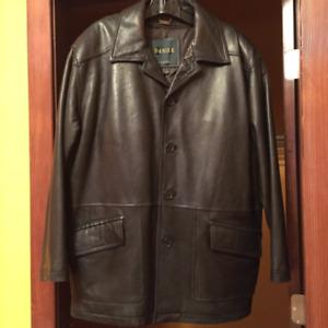 Men's leather jacket– like brand new!