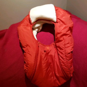 red infant carrier/ carseat cover
