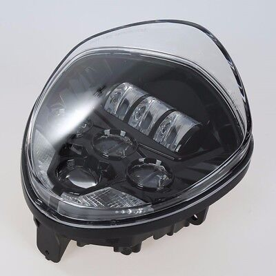 <em>VICTORY</em> <em>CROSS COUNTRY TOUR</em> MOTORCYCLE CHROME LED HEADLIGHT