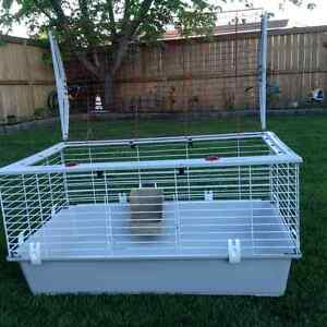 Rabbit or Small Animal Cage/Carrier