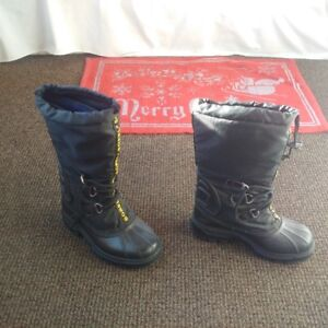 Sorel Winter Boots - Size 6 (Like new condition)