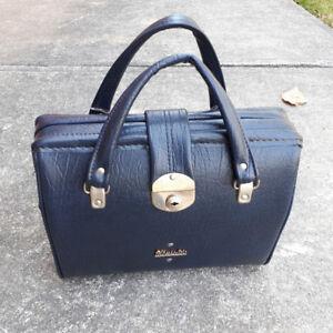 Vintage Henselite Lawn Bowls bag - very retro and sturdy