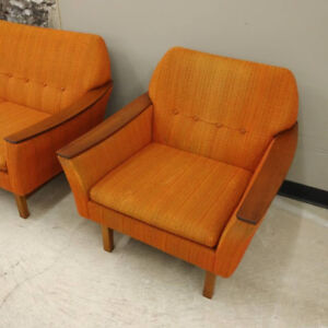 teak buy or sell a couch or futon in hamilton kijiji classifieds