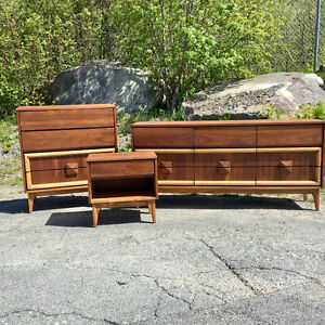 *Refinished* Mid Century Modern Bedroom Set by Viscol
