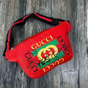 Fannypack fashion great  great deal!!!! Only two more