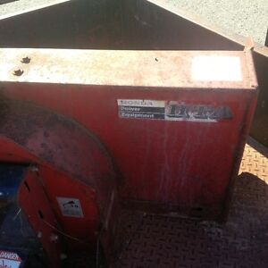 2 Stage Honda 42 inch snow blower attachment for lawn tractor Kitchener / Waterloo Kitchener Area image 2