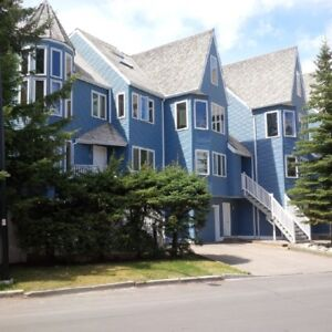 BANFF 2 BEDROOM TOWNHOUSE / QUIET SITE