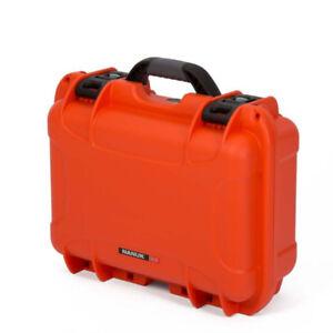 Like New! NANUK 915 Hard Case + Padded Dividers