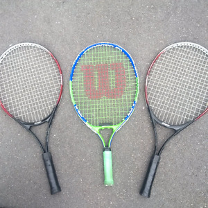 Children's tennis racquet - 1 left