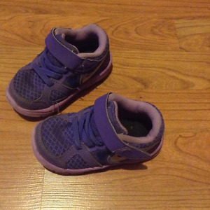 Purple Nike sneakers size 5