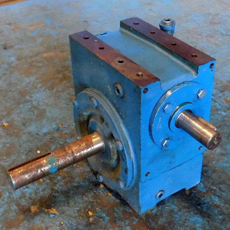 CLEVELAND 5-1-LH RATIO SERIES 18 WORM GEAR SPEED REDUCER SIZE 30-EX