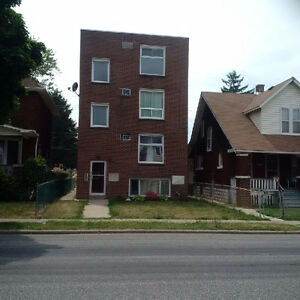 2 Bedroom Furnished Apt - Windsor - Rent Per Day/Week/Month