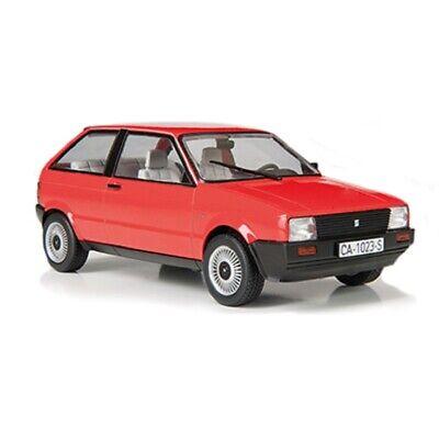 1:24 Seat Ibiza 1984 Ixo Salvat Diecast coche