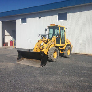 Loader chargeur new holland LW80