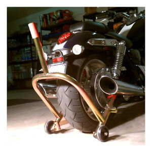 Pit Bull Rear Motorcycle Stand