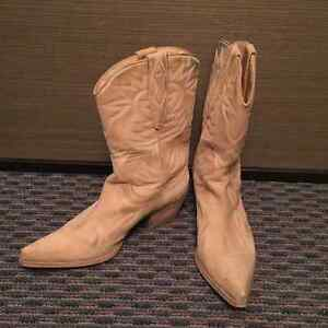 GUESS Suede Cowboy Boots, US Size 8.5, GREAT Condition