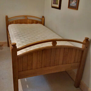 Bunk beds or 2 singles - hard wood