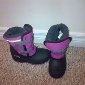 Like-new! Girl's Purple Winter Boots, Size 10