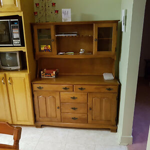 Hutch, All Hardwood, excellent condition.