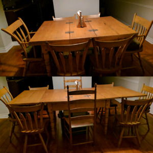 Farmhouse Style Butterfly Table & Chairs