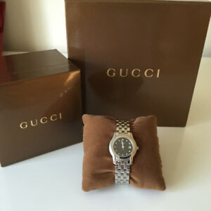 Authentic GUCCI Stainless Steel with Diamond Black Dial 5500L Wo