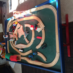 Train table-train tracks and trains