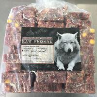 Travail dans la  fabrication de viande pour chiens et chats