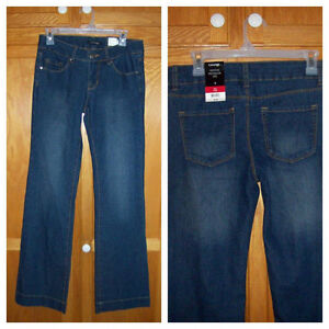 ******NEW******Flare Jeans******