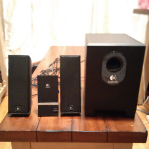 Logitech X240 Speakers And Subwoofer System