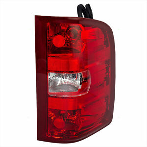 NEW 07-11 SILVERADO/SIERRA 1500,2500,3500LEFT OR RIGHT TAILLIGHT Kitchener / Waterloo Kitchener Area image 2