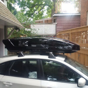 Thule Motion XT Roof Travel Cargo Box & Cross Bars - For Rent