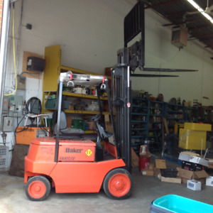 BAKER Electric Lift Truck with charger