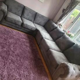 6 Seater Verona Corner Sofa With Full Back Cushions