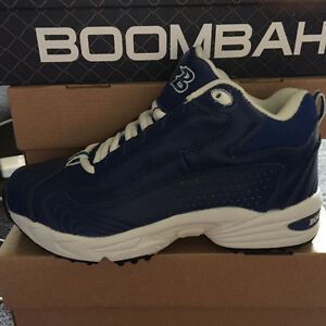 High-tops are back in!    NEW Boombah turfs - size 5.5