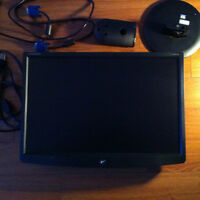 "MONITEUR  emachines LCD 19 "" Black"
