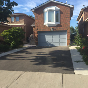 3 BEDROOM 2.5 WASHROOM DETACHED HOUSE FOR RENT IN BRAMPTON