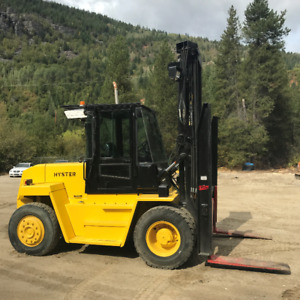 FORKLIFT - 2001 HYSTER H210XL2