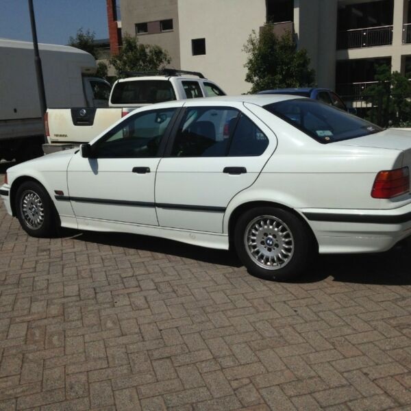 1994 bmw 325i e36 sedan century city gumtree. Black Bedroom Furniture Sets. Home Design Ideas