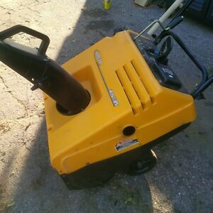 Murray Snowthrower