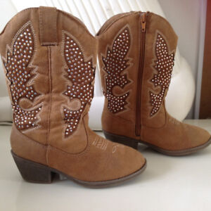 Justice Cowgirl Boots Like New Size 13