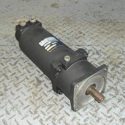 Contraves Permanent Magnet Ac Servo Motor Acr142-2-0-b--cs1te0b0500 Plug